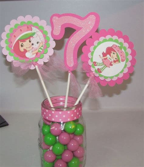 strawberry shortcake birthday centerpiece by