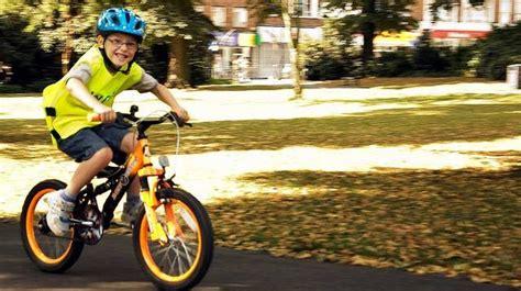 imagenes de niños jugando en bicicleta educaci 243 n vial para ni 241 os 5 la bicicleta d 243 nde s 237 y