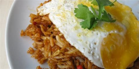 foto cara membuat nasi goreng 4 resep cara memasak nasi goreng biasa yang mudah