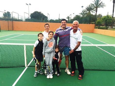 imagenes niños jugando tenis tenis en familia para los fines de semana