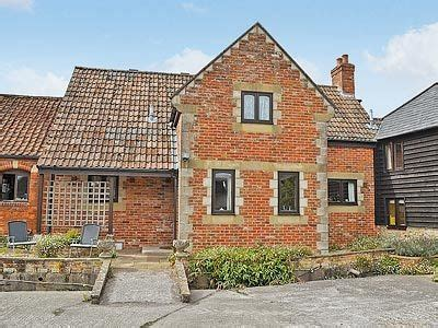 Henrietta Cottage In Bishopstrow Near Longleat Wiltshire Cottages Near Longleat