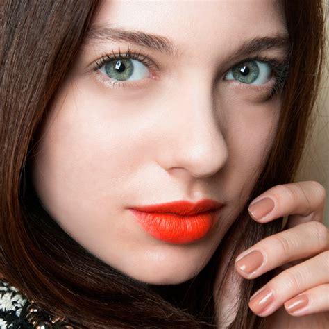 Lola Lipstick Creme With Beautyzilla Megs Make Up Reviews by Comment R 233 Aliser Un Maquillage De Plage Pour Un Effet
