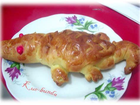 Roti Buaya 65cm Roti Buaya try another taste roti buaya darat