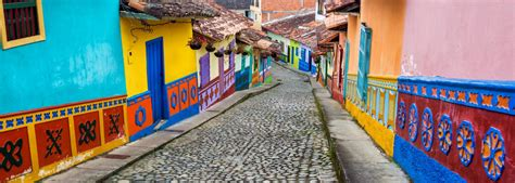 101 coolest things to do in colombia colombia travel guide medellin bogota cartagena backpacking colombia books 10 best things to do in colombia smartertravel