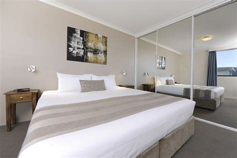two bedroom apartment perth 2 bedroom apartment south perth for 2 couples assured