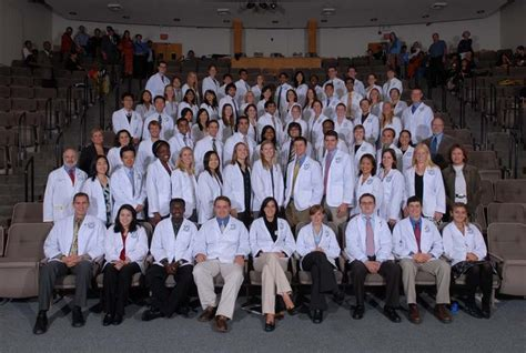 Dartmouth Mba Incoming Class by Dms On Cus Class Of 2011 Geisel School Of