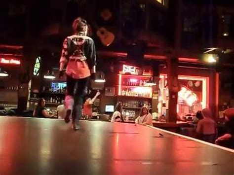 billy bob s country music dance hall red deer rose line dance par val 233 rie morel au billy bob s youtube