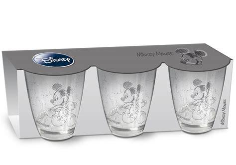 cuisine mickey verres mickey disney 3 verres avec dessin de mickey