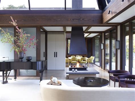 japanese inspired homes feast your eyes on fashion designer josie natori s