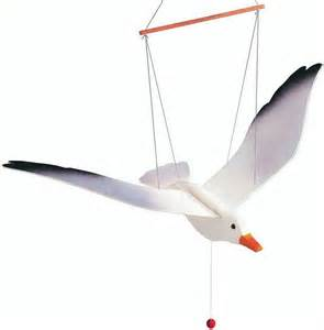wooden toy hanging flying flapping seagull parrot eagle