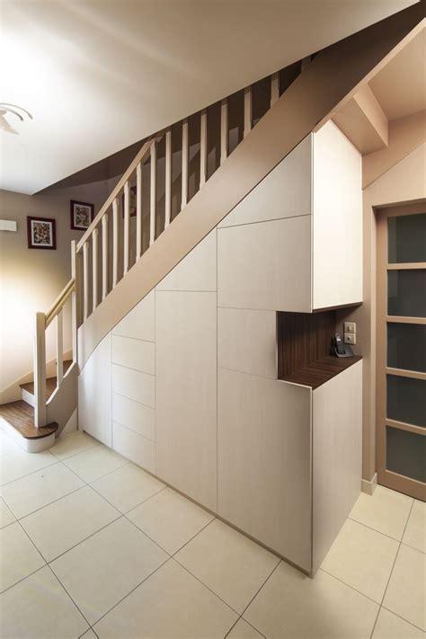 Placard Sous Escalier Plan by Am 233 Nagement Placard Sous Escalier Pour Un Rangement En Plus
