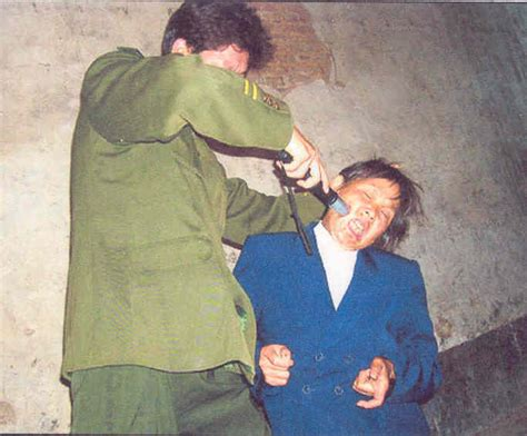 north korea north korea girls torturing prisoner pictures to pin on