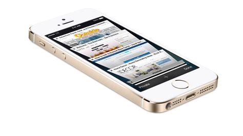 how to use iphone 5s don t use gold iphone 5s in marketing materials apple says