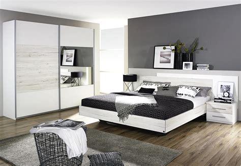 schlafzimmer deko ideen schlafzimmer modern tapezieren komfortabel auf moderne