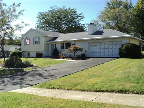 houses for sale montoursville pa 101 bella vista dr montoursville pa 17754 home for sale and real estate listing