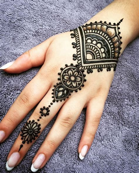 henna tattoo designs pinterest best 25 mehndi ideas on mehndi designs henna