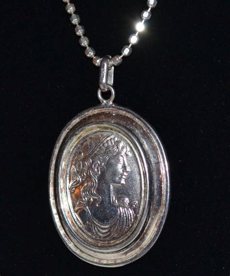 italian sterling 925 cameo relief pendant necklace from