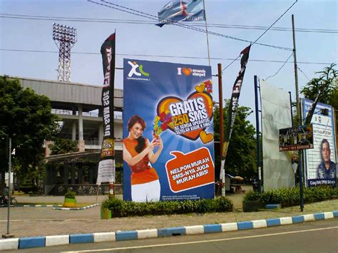 Print Banner Spanduk Baliho tentang poster brosur flyer majalah kalender banner