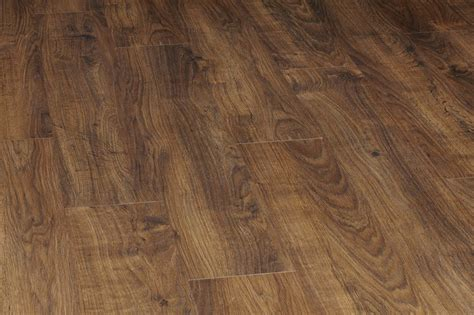 wood laminate flooring vs hardwood laminate vs solid wood flooring herts flooring