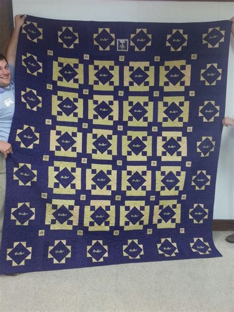 Quilts Made From Crown Royal Bags by Quilt Made From Crown Royal Bags Crown Royal Bags