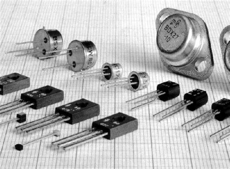 Lu Pijar komponen elektronik