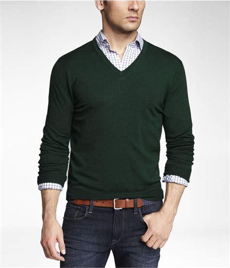 Denim Shirt X Sweater green merino sweater light blue gingham shirt leather cloth belt business casual