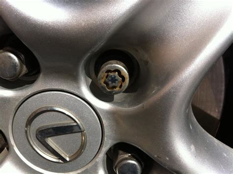 how can i remove my tire without lug key club lexus forums