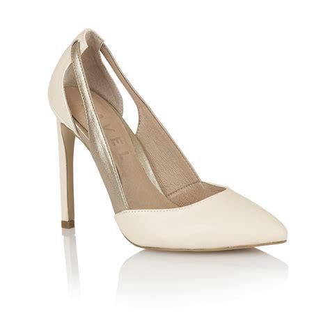 ravel shoes buy ravel omaha heeled pumps in bronze
