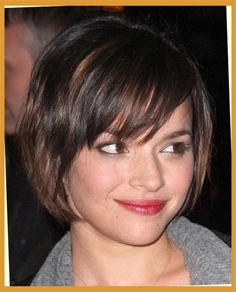 hairstyle for heavier face on woman short hairstyles and cuts short haircuts for women with