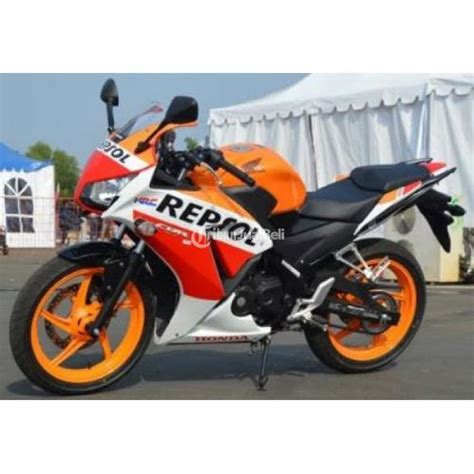 Motor Honda Cbr Tahun 2016 promo kredit honda cbr 150r repsol new tahun 2016 harga