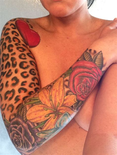 leopard rose tattoo best 25 sleeve tattoos ideas on