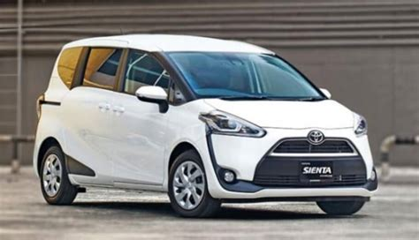 perbandingan toyota sienta vs honda freed