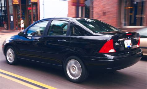 Ford Focus 2001 by 2001 Ford Focus Zts Features
