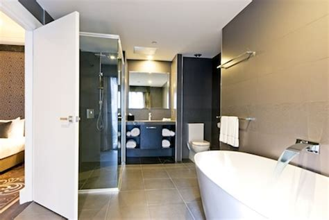 Gwa Bathrooms by Gwa Features In The Transformation Of The Grand Mercure