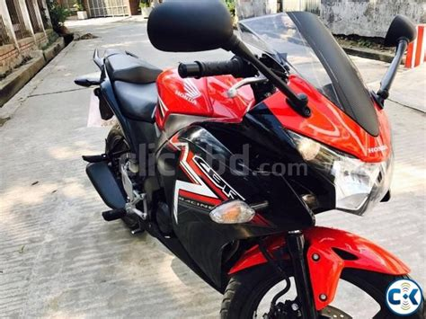 buy honda cbr 150r honda cbr 150r 2016 model black edition up for sell