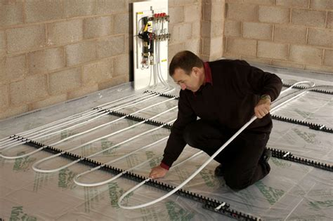 how to install underfloor heating homebuilding