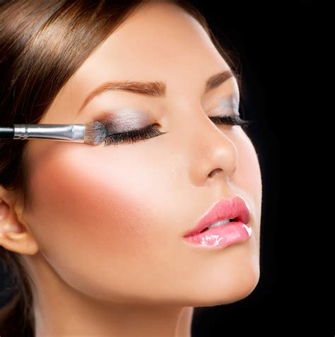 Makes Makeup by Lash Make Up Tips The Of Makeup