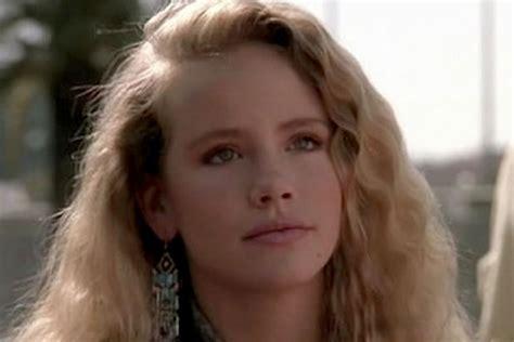 actress grace jones dead can t buy me love star amanda peterson was raped at 15