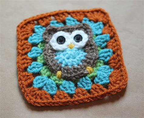 Ease By Owl Book Store owl make this crochet square