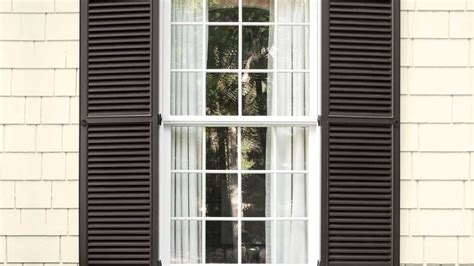 Which Benjamin White To Match Vinyl Windows - favorite shutter siding paint color combinations