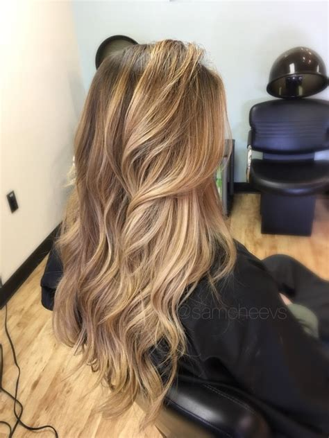 how to color roots when hair is highlighted dark roots with sun kissed honey platinum warm pearl
