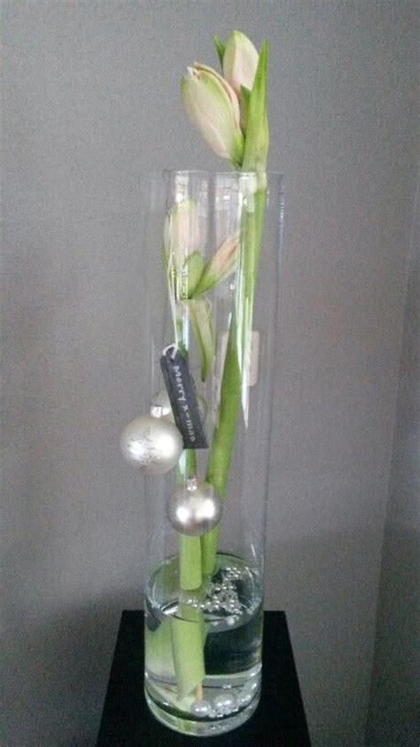 vaas met drijvende bloemen 25 beste idee 235 n over hoge vazen op pinterest bloemloze