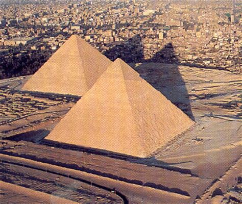 interieur pyramide de kh phren pyramides