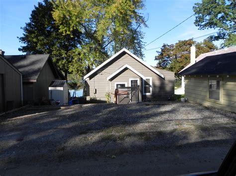 Bucks Lake Cabins For Sale by Buck Lake Hamburg Township Michigan