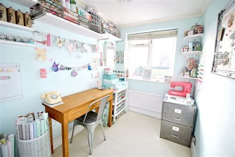 small craft rooms 30 gorgeous shabby chic home offices and craft rooms