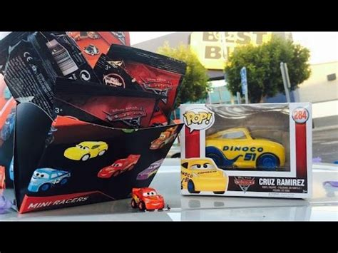 Diecast Mattel Mini Racers Cars 3 Wave 3 No 29 Florida Ramone Pink cars 3 toys we finally found mattel diecast disney cars mini racers blind bags travel unboxing