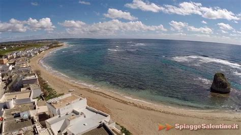 le mare torre pali torre pali riprese da un drone della spiaggia di salve