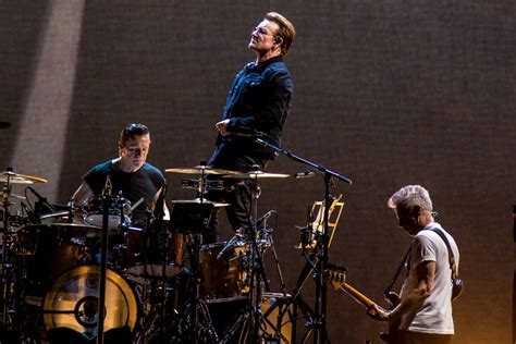 u2 fan club vip access u2 announce 2018 north american tour new album details