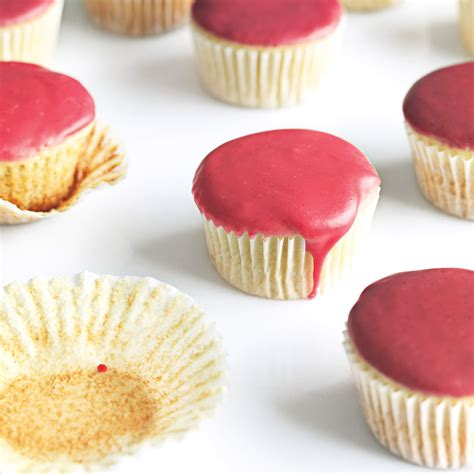 fruit glaze vanilla cupcakes with fruit glaze