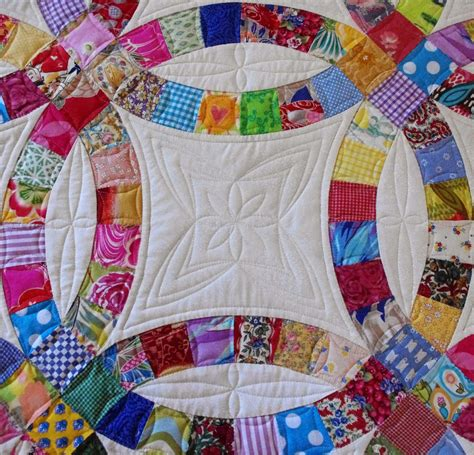 Wedding Ring Quilt by Quilts On Bastings Wedding Ring Quilt
